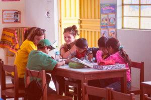 Volontariato-educativo-e-amministrativo-per-lo-sviluppo-della-comunita-Intiwawa-003