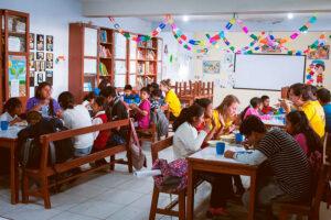 Volontariato-educativo-e-amministrativo-per-lo-sviluppo-della-comunita-Intiwawa-006